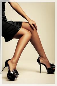 Frauenbeine mit High Heels